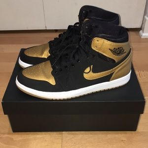 Air Jordan 1 (Melo) Metallic Gold